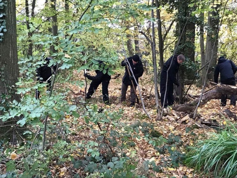 Officers search Coombe Abbey in connection with the disappearance of Nicola Payne.